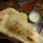 インド定食ターリー屋 - 料理写真:ターリー屋定食:930円