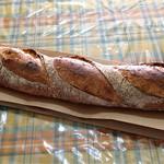 パンやきどころ RIKI - バゲット ¥180+税