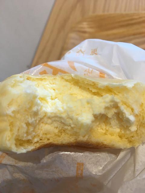 ハッテンドウ カフェ ラクーア店 - くりーむパン 生クリーム&カスタード