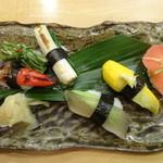 Kyousushiookini - 京野菜の握り寿司             (赤かぶら、黄色いズッキーニ、アロエとアボカド、九条ネギ、万願寺唐辛子、みぶな)