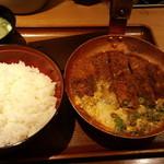 祭太鼓 - 味噌かつ丼、味噌汁(2014,4)