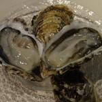 メゾン ド ミナミ - 三重県・的矢の生牡蠣