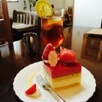 フランセ - アイスレティ&ケーキ
