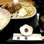 カフェ&レスト 潮騒 - チキンガーリック定食