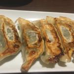 日本橋焼餃子 - しそ餃子