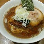 51293560 - 極煮干しラーメン(¥800)+チャーシュー(¥100)