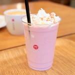 ミヤジマコーヒー - フローズンストロベリーラテ S (490円) '16 4月上旬
