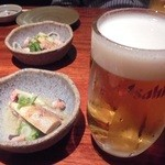 海蔵 - 「生ビール中ジョッキ」(540円)とお通し
