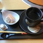 花みづき - ドリンク(コーヒー、ウーロン茶、オレンジジュースから一品)にデザート付き(^^)