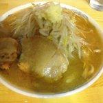 マッチョ  - 中 700円 野菜・にんにく ちょいマシ