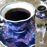 ウィード - ドリンク写真:ダッチコーヒー(水出し)400円