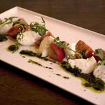 トラットリア ナカタ - 水牛のモッツァレラチーズとフルーツトマトのカプレーゼ