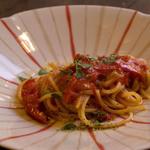 トラットリア ナカタ - シンプルフルーツトマトのスパゲティ