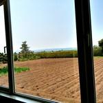 51311404 - 窓からの眺望 恵庭岳&蕎麦畑 2016/05