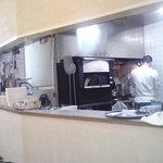 ロトカフェ - ガス窯ですがピッツァ窯があります