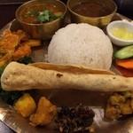 ナングロガル - ネパールローカル料理セット
