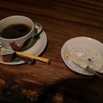 51320870 - ドリンク&デザート セット(コーヒー・HOT、タピオカのデザート)