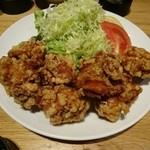 喜神菜館 - 若鶏の唐揚げ830円
