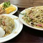 51327653 - 皿うどん620円+麺セット450円