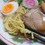 麺中夢中 - 太麺がゴワゴワしてる