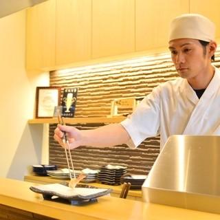 ◆粋-カウンターならでは、揚げたてを一品一品楽しむ。