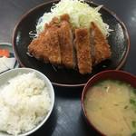 とんかつ亭ひさやま - 上ロースカツ定食 1,280円