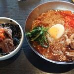 51334211 - 冷麺と牛肉ごはんセット