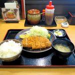 とんかつ 成田 - 料理写真:ロースかつ御膳(1,080円)