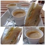 リボリ - この後ランチだというのに「サンドウイッチ」を食べる人がおりまして・・(^^;) マヨネーズで和えた卵や、ハム・コールスロー風のキャベツが入り、懐かしいテイスト。