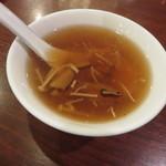 51338311 - ふかひれスープ