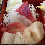 桜すし - 桜すし 葛西店 ランチ 上ちらし 6種の刺身