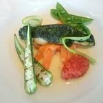 ANAクラウンプラザホテル広島ヨーロピアンコンチネンタル ル・プラティーヌ - スズキの海藻クルート 旬の野菜とトマトフォンデュ