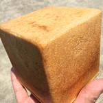 ソラミミPAN - 四角いパン(正式名称は不明)