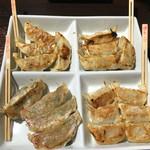 ギョーザマルシェ - ご当地食べ比べ 1100円