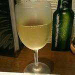 トラットリ アカーサ ヴェルデ - グラスワイン(白)