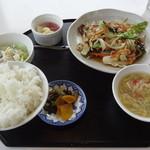 中国料理大翁 - 料理写真:お昼のサービスランチ 野菜炒め定食 810円