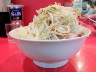 ラーメン二郎 府中店 - 小ラーメン+野菜チョイ増しにんにく辛め
