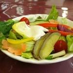 51348006 - 野菜が美味しい