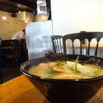 トリイチ - 鶏白湯ラーメン(塩)+トリチキつくね