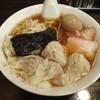 よっててい - 料理写真:ワンタンめん6入+煮玉子