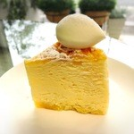51352534 - チーズケーキ328円