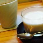 お菓子と喫茶 Dodo - コーヒーのブランマンジェ 320円