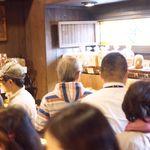 バックシュトゥーベ ツオップ - 店内は大混雑!
