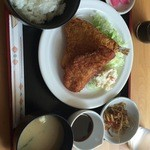 Lunch cafe & ちょい呑み まみ夢 - 500円日替わりランチ