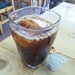5136062 - サービスのアイスコーヒー
