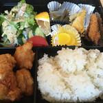 喰い呑み座 新山 - 料理写真:唐揚げ弁当