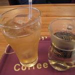 5137964 - アイスジャスミン茶と吉慶一点紅