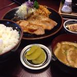 51374632 - ポーク生姜焼き定食1.080円