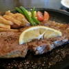 いじわるばあさん - 料理写真:ランチのサービスステーキ(本日のランチ)