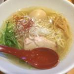 麺屋 翔 - 料理写真:鶏だし塩らーめん